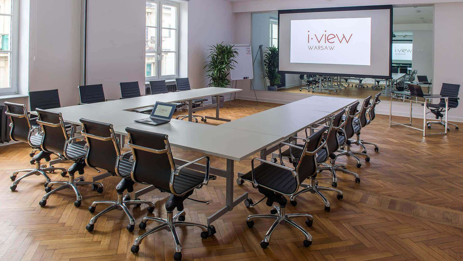 Sale konferencyjne w i-view Meetings